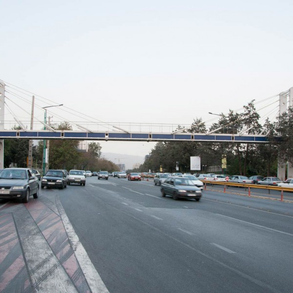 Chamran Highway, Seoul-Yadegar Intersection